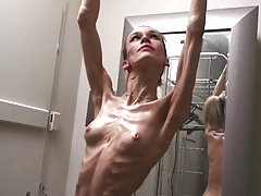 Anorexic milf Inna